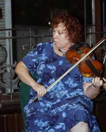 Michelle Feldman, fiddle