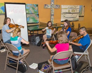 David Mehalko with fiddle class